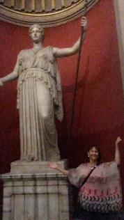 vatican-giant-statues